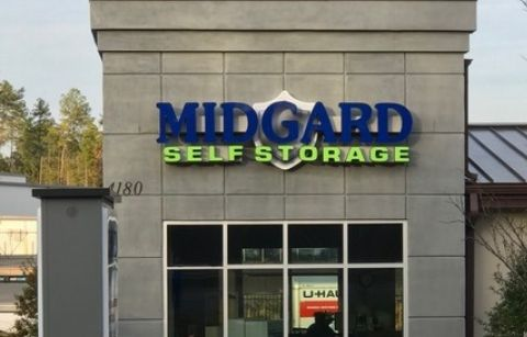 outdoor building sign for Midgard Self Storage